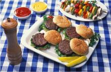 hamburgers Image by skeeze from Pixabay